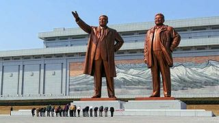 """Socios en el crimen: Corea del Norte exhorta a China a """"seguir luchando en contra de los cultos"""""""