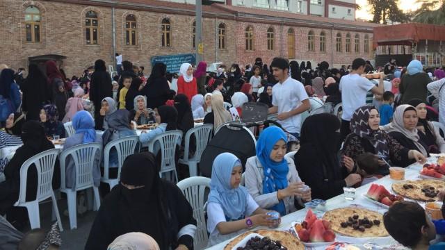 Preparados para la celebración del Iftar.