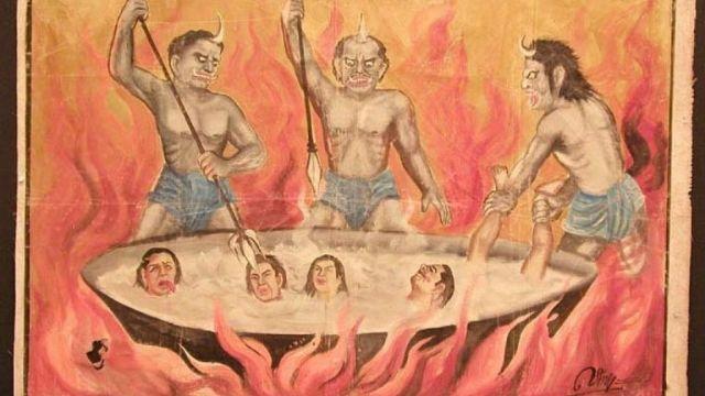 Representación budista de demonios torturando en el infierno a quienes cometieron actos vergonzosos.